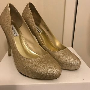 Lk new Steve Madden gold glitter heels 10 glitz